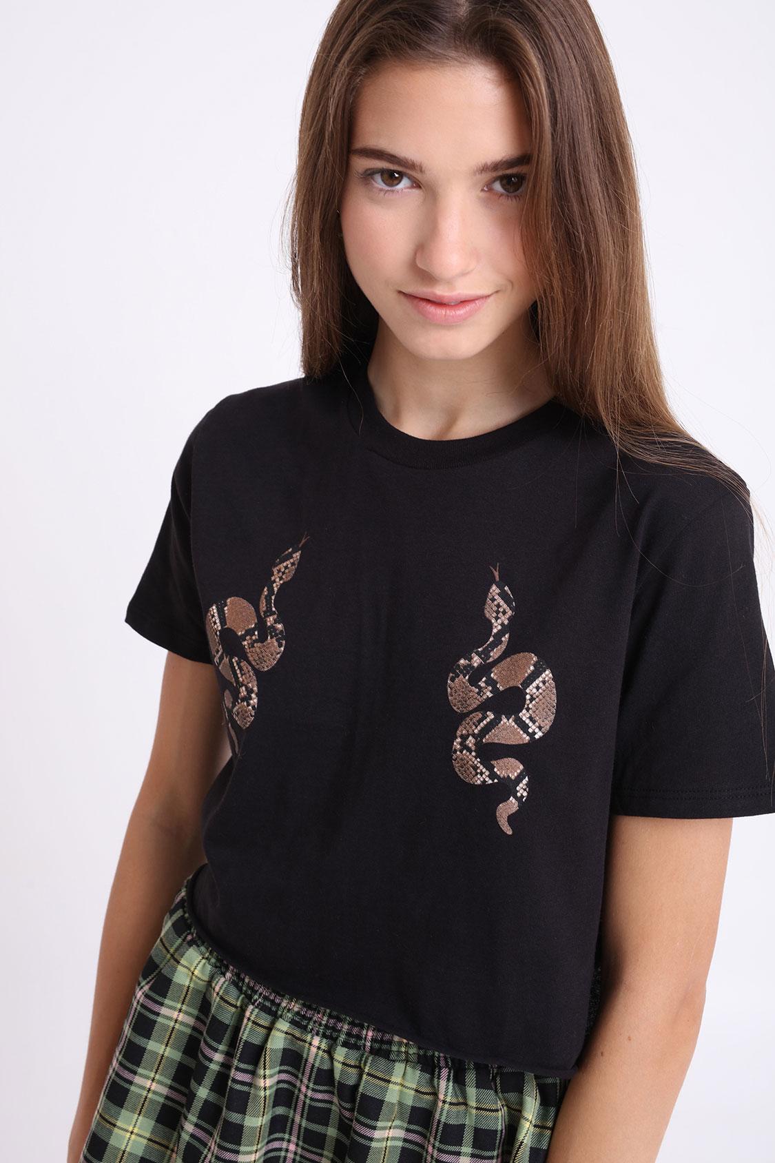 T-shirt snakes