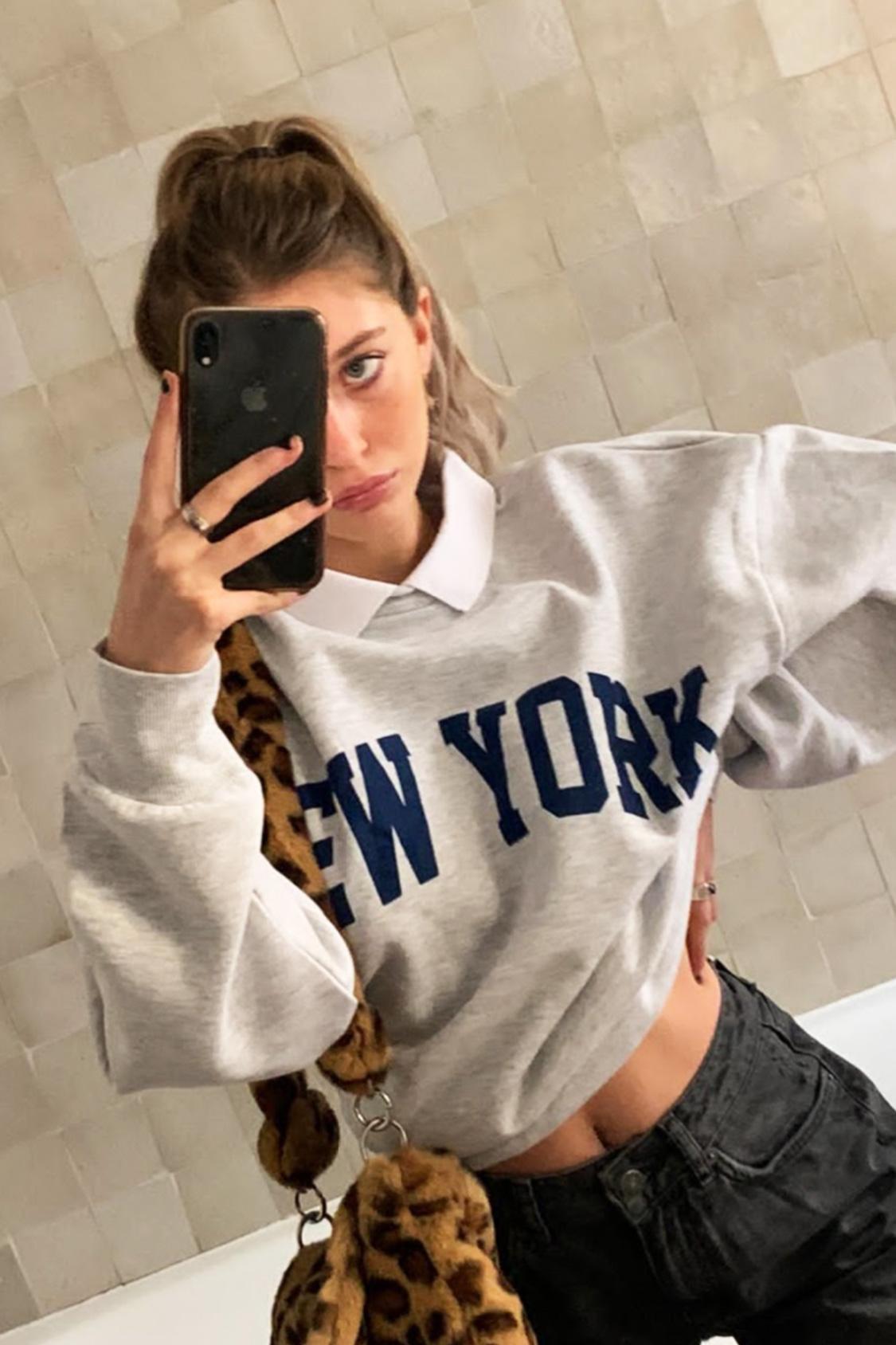 New York sweatshirt with collar