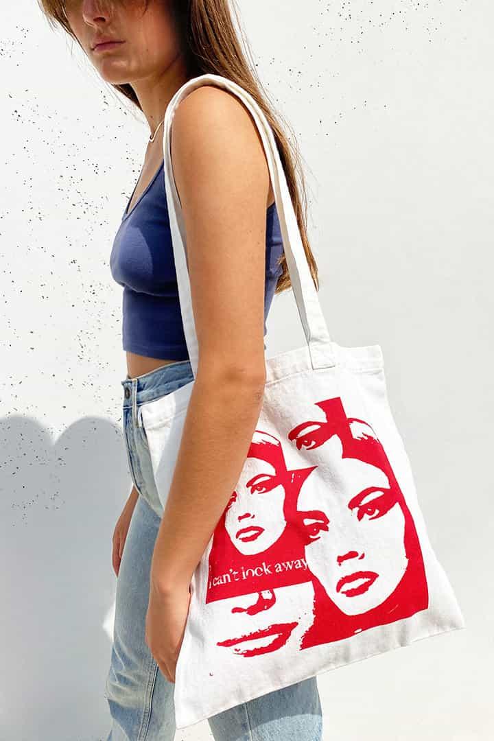 Faces shopper