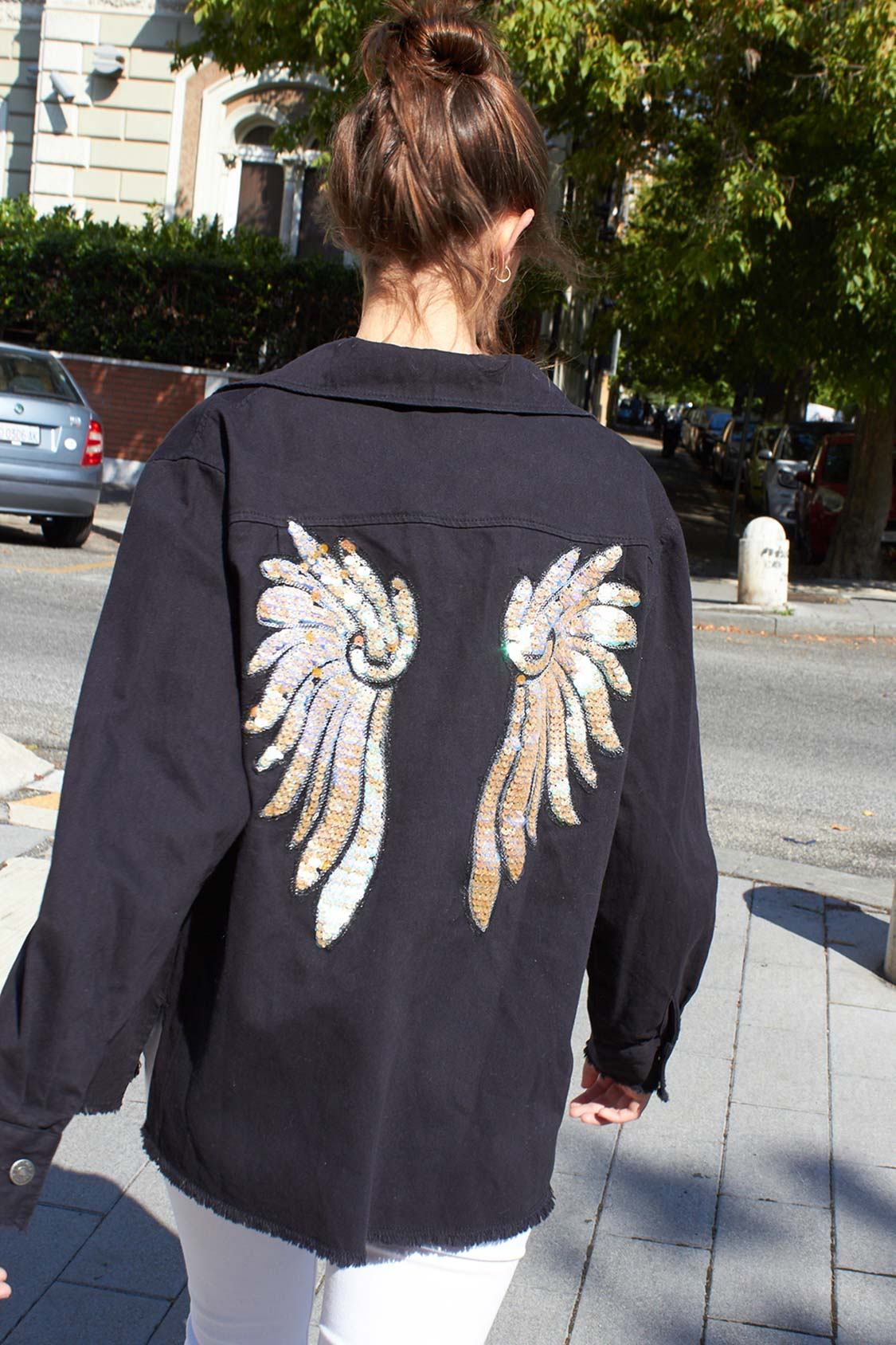 Chaqueta jeans alas de lentejuelas