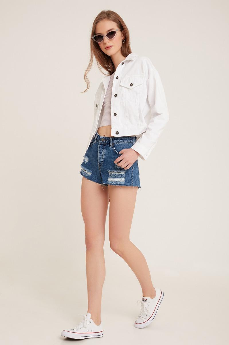 Shorts con strappi