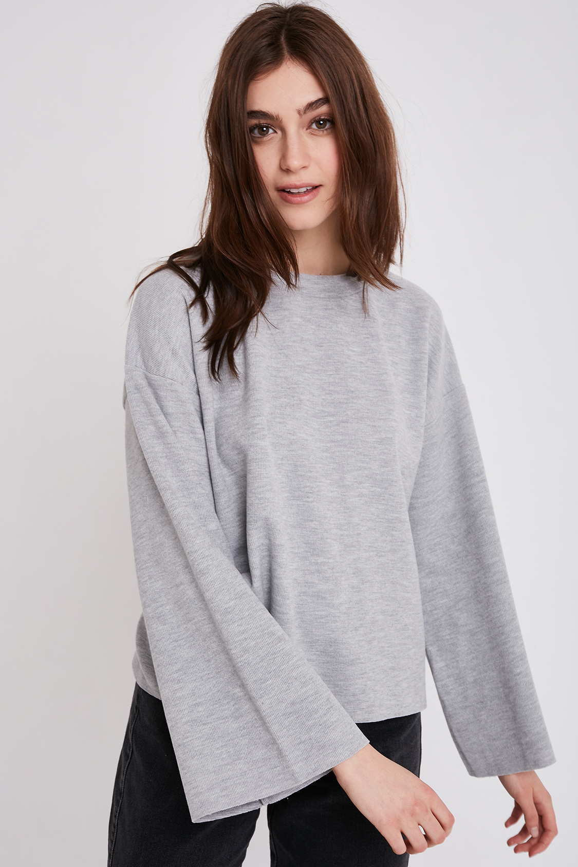 Flared sleeve sweatshirt