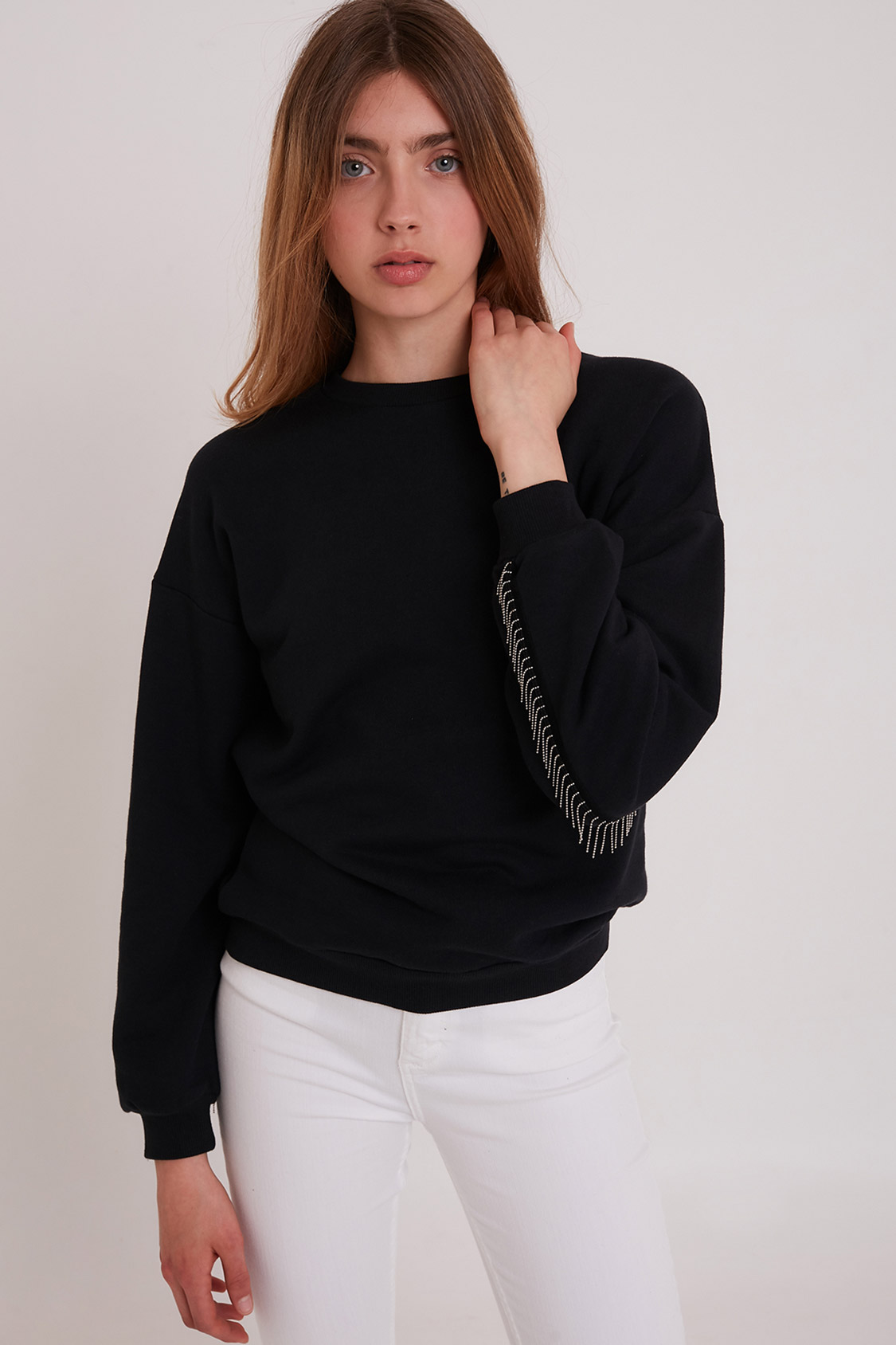 Beaded fringes sweatshirt