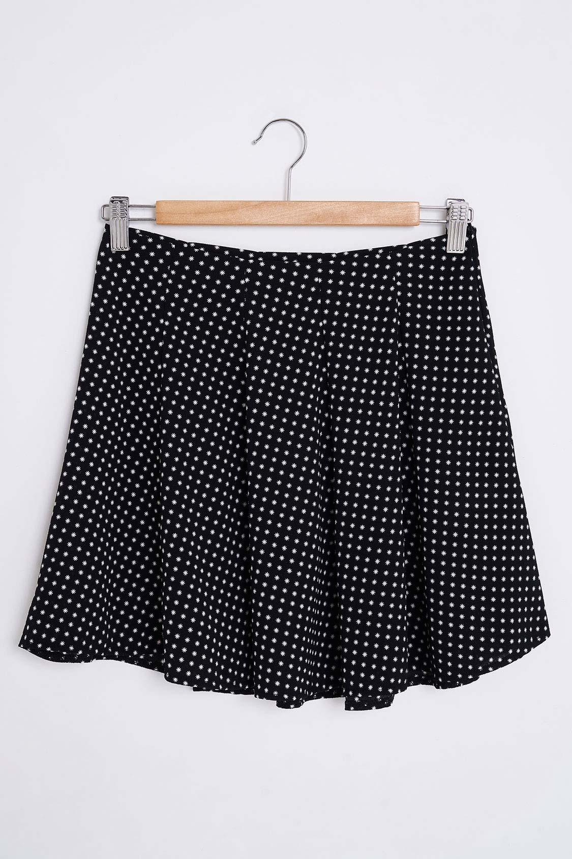 Flared stars skirt