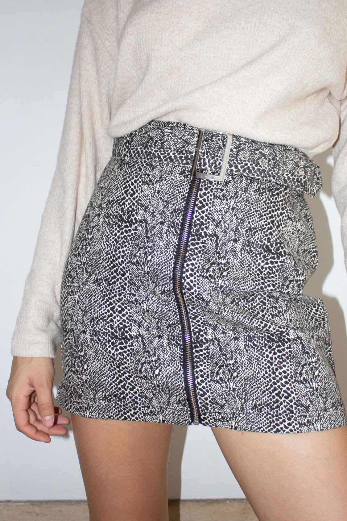 Belted full-zip skirt