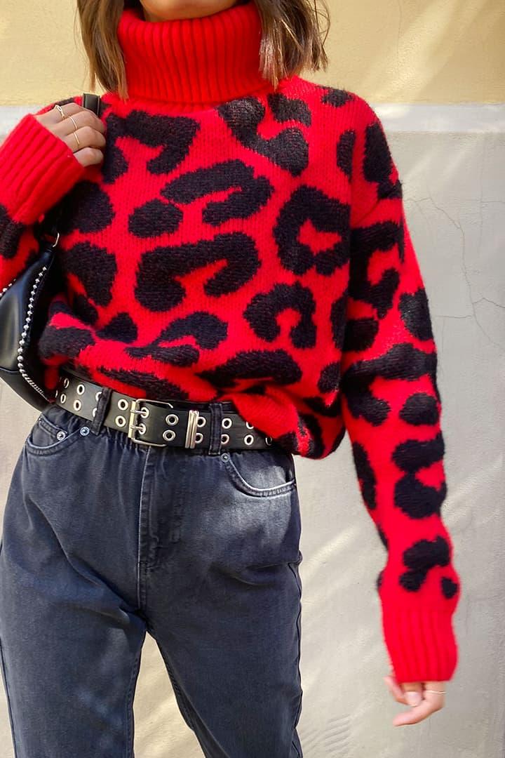 Turtleneck animalier sweater