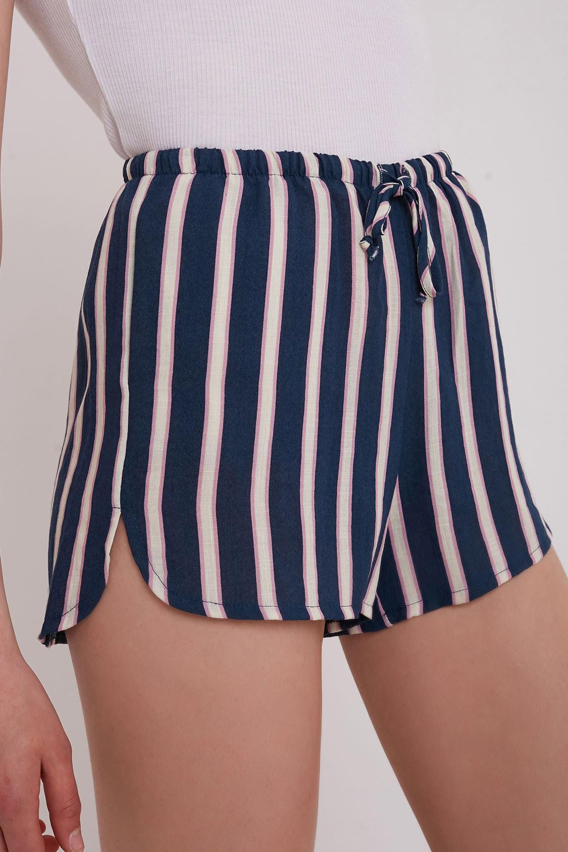 Shorts spacchetti