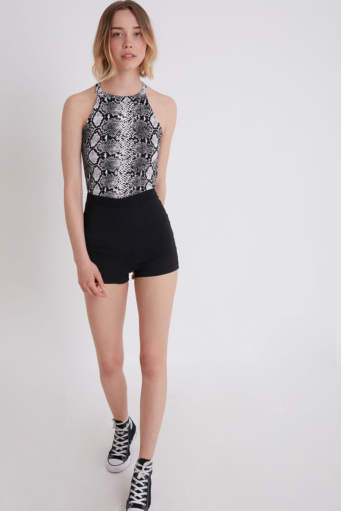 Shorts zip dietro