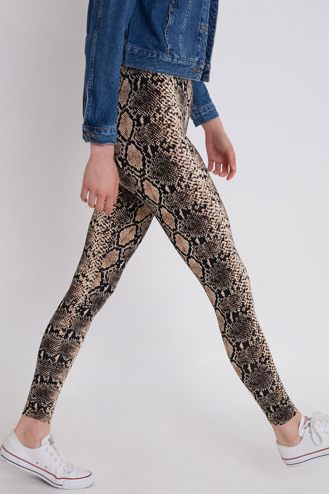 Snakeskin effect leggings