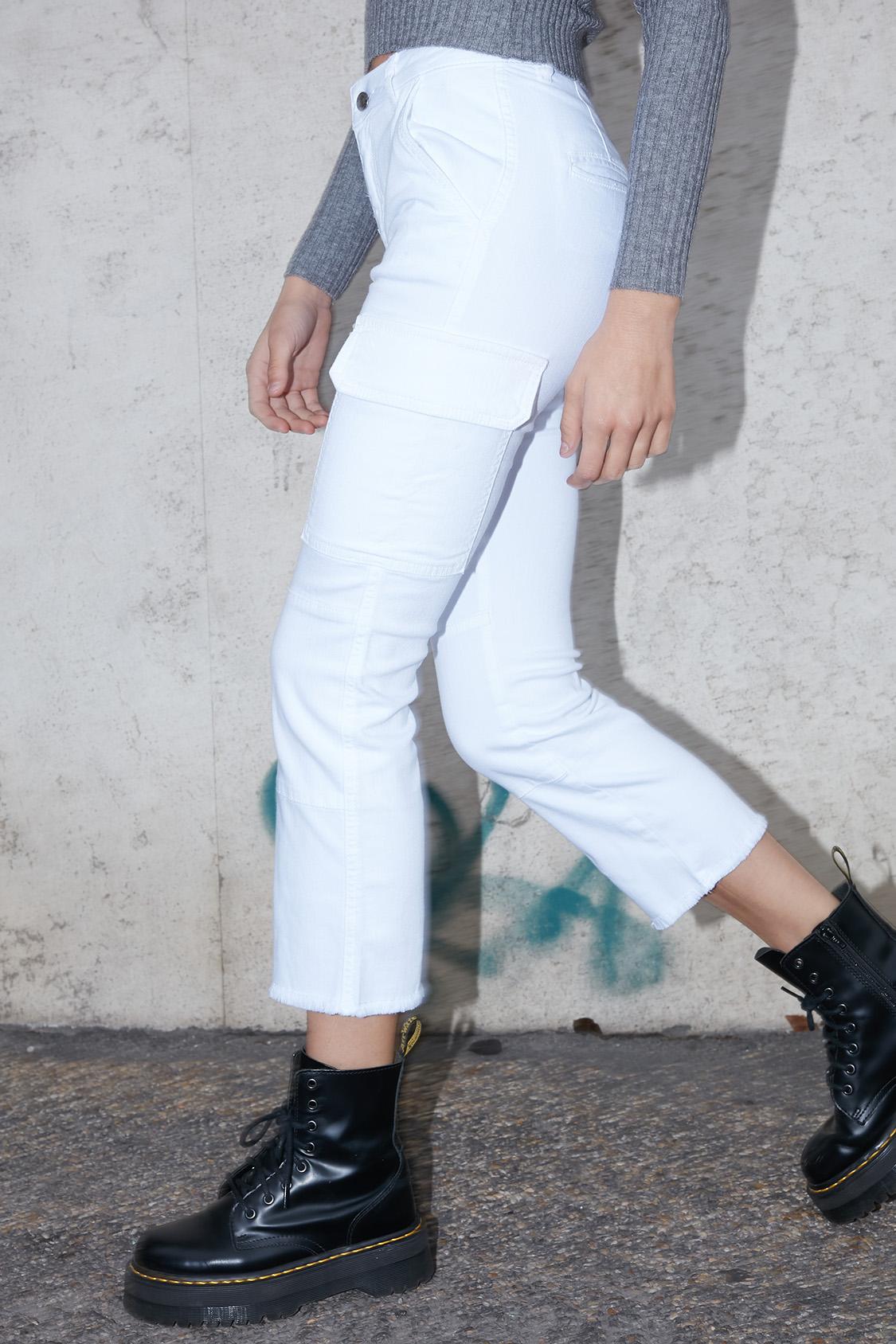 Pantaloni combat crop flare
