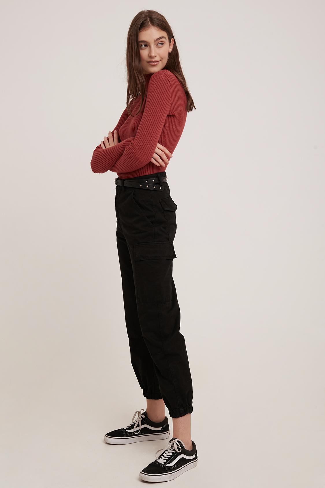 Pantalones elástico detrás