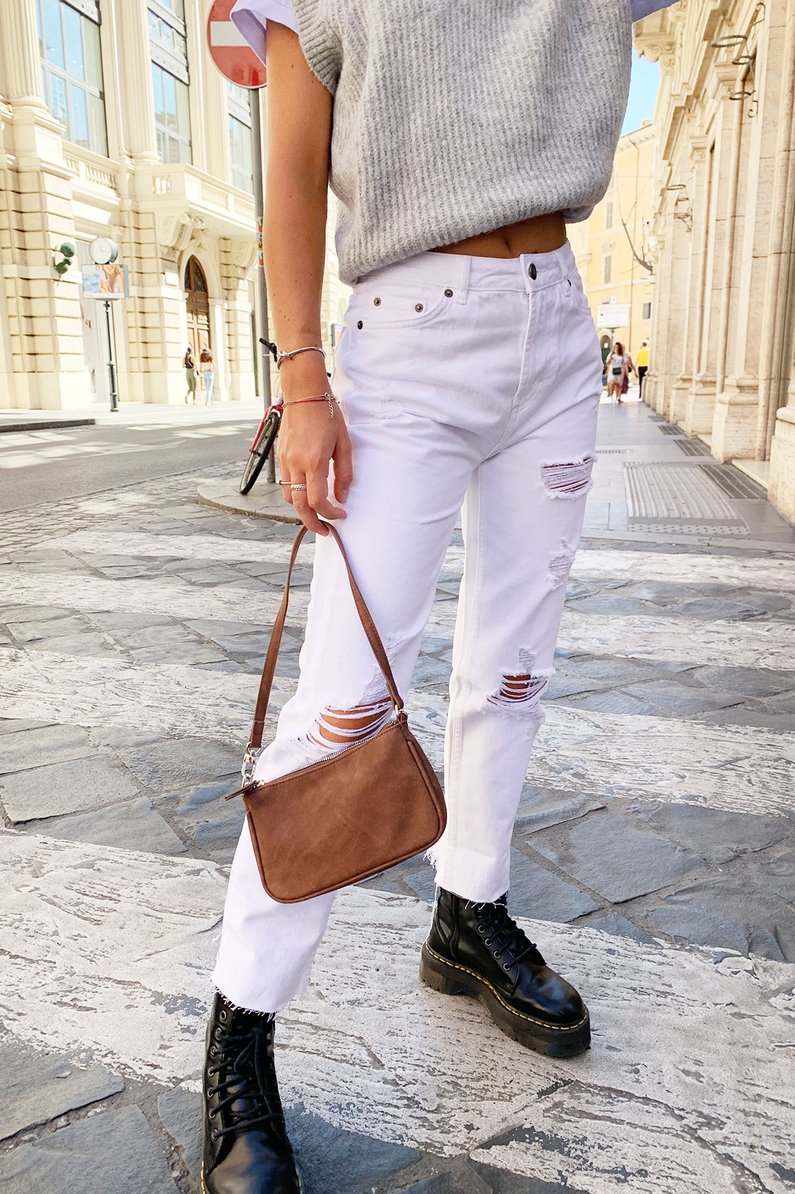 Jeans boyfriend con strappi