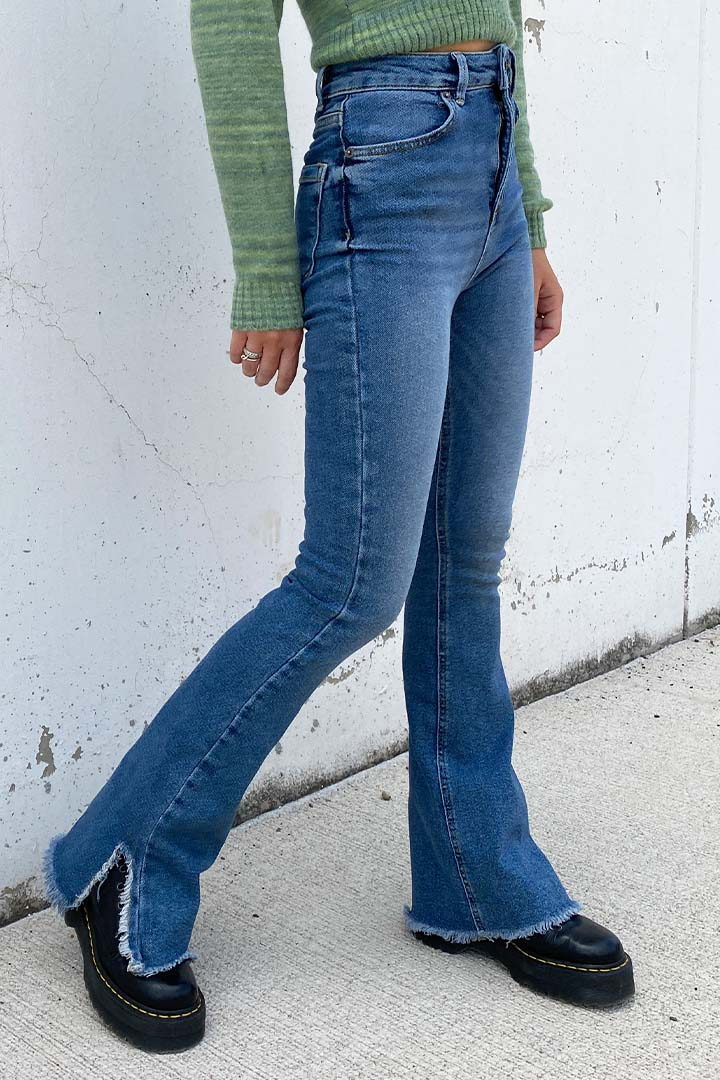 Jeans Schlaghose mit seitlichem Schlitz
