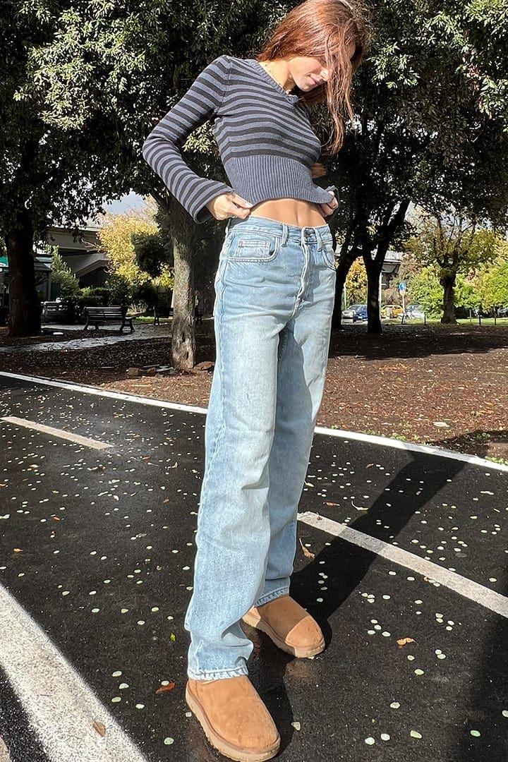 Straight mom jeans