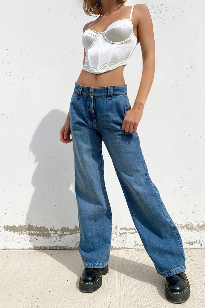 Sustainable low waist jeans