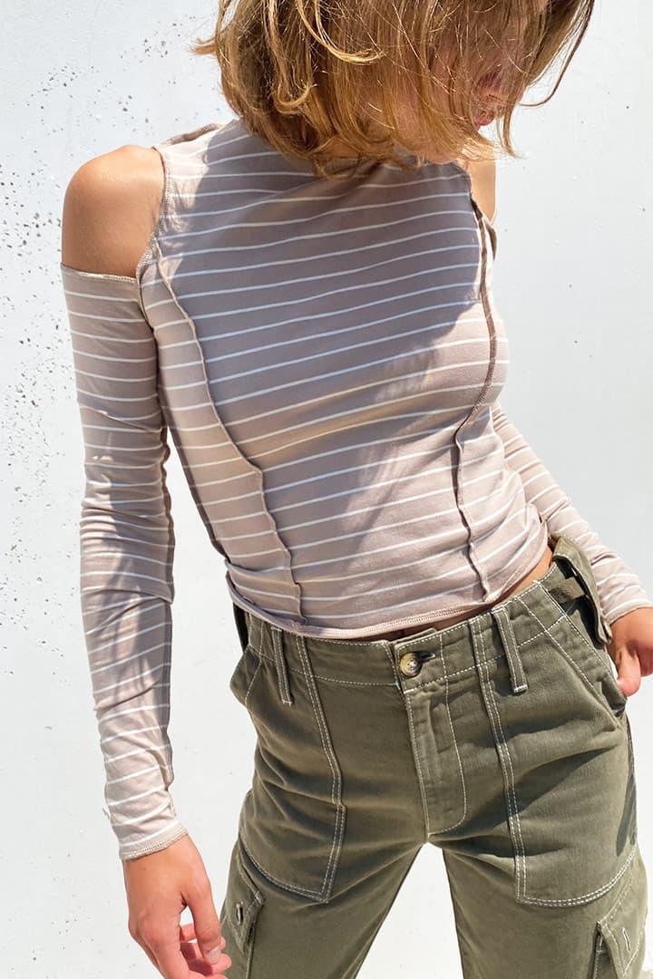 T-shirt con cut-off